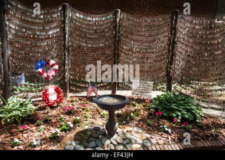 Old North Memorial Garden for fallen US soldiers in Iraq and Afghanistan, North End, Boston, Massachusetts, USA - Stock Photo