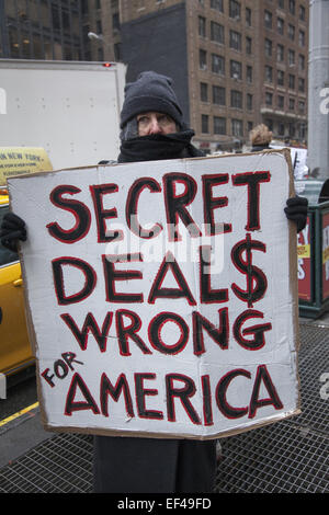 New York, USA. 26th January, 2015. New Yorkers protest the secret negotiations around the Trans-Pacific Partnership, - Stock Photo