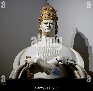 Bust of  Pope Pius XI 1931 Adolfo Wildt Italian  1868-1931  Vatican Rome Italy - Stock Photo