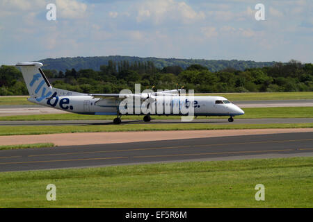 FLYBE BOMBARDIER DASH 8 Q400 AIRCRAFT G-JECI MANCHESTER AIRPORT ENGLAND 14 May 2014 - Stock Photo