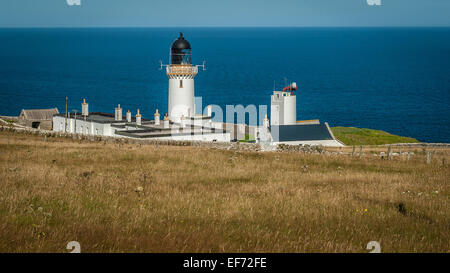 Dunnet Head Lighthouse, the most northerly point of the UK mainland - Stock Photo