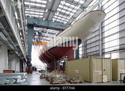Pendennis Shipyard, Falmouth TR11 4NR, United Kingdom. Architect: na, 2014. Overall interior view. - Stock Photo