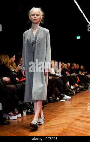 fashion post camilla frank
