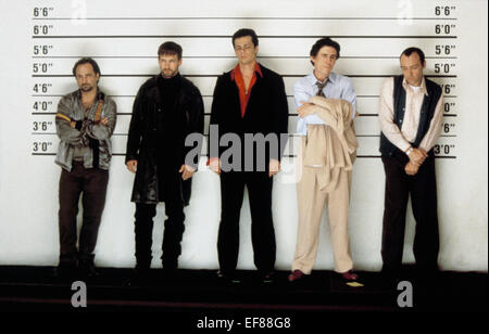 KEVIN POLLAK STEPHEN BALDWIN BENICIO DEL TORO GABRIEL BYRNE KEVIN SPACEY THE USUAL SUSPECTS (1995) - Stock Photo