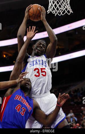Philadelphia, Pennsylvania, USA. 28th January, 2015. January 28, 2015: Philadelphia 76ers center Henry Sims (35) - Stock Photo