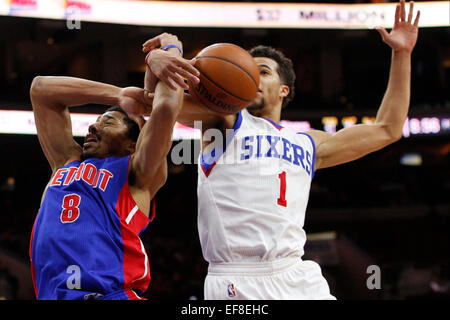 Philadelphia, Pennsylvania, USA. 28th January, 2015. January 28, 2015: Detroit Pistons guard Spencer Dinwiddie (8) - Stock Photo