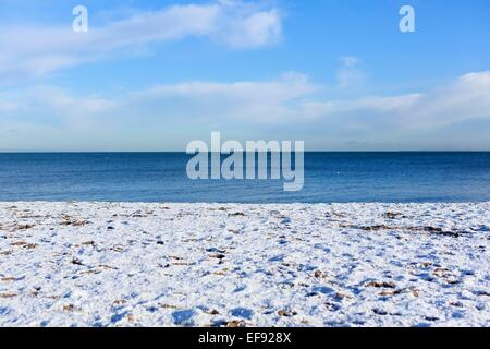 Edinburgh, UK. 29th January, 2015. UK Edinburgh Weather. A general view of the sand cover on snow. Temperature of - Stock Photo