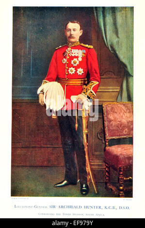 Celebrities of the Army 1900 Lieutenant General  Sir Archibald Hunter K C B D S O Commanding 10th Division South - Stock Photo