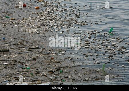 plastic pollution at the Italian coast near Naples - Stock Photo