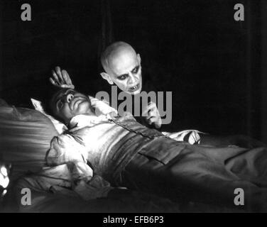 BRUNO GANZ & KLAUS KINSKI NOSFERATU THE VAMPYRE (1979)