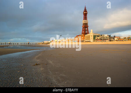 Blackpool, UK. 30th January, 2015. UK Weather: A beautiful evening albeit still cold with a severe wind chill on - Stock Photo