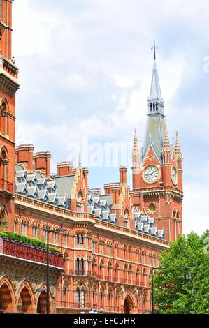 Architectural detail of the St. Pancras tran station in London - Stock Photo