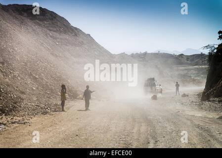 Work on the repare of the road in desert. Ethiopia, Africa. - Stock Photo