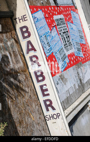 Derelict barber shop, formerly belonging to Terry Murtagh, derelict. - Stock Photo