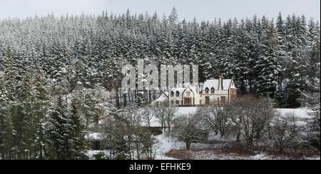 Victoria Lodge, Tweedsmuir  in the winter snow. Talla Reservoir, Peeblesshire, Scottish Borders, Scotland - Stock Photo