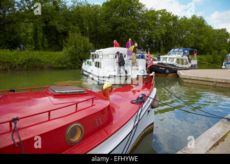 Houseboat in the Doubs-Rhine-Rhone-channel, Port de Plaisance, Baume-les Dames, PK 110, Doubs, Region Franche-Comte, - Stock Photo