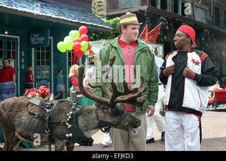 ETHAN SUPLEE & EDDIE GRIFFIN THE YEAR WITHOUT A SANTA CLAUS (2006) - Stock Photo