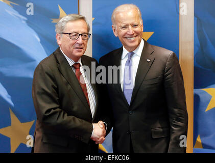 Brussels, Belgium. 6th Feb, 2015. European Commission President Jean-Claude Juncker (L) greets visiting U.S. Vice - Stock Photo