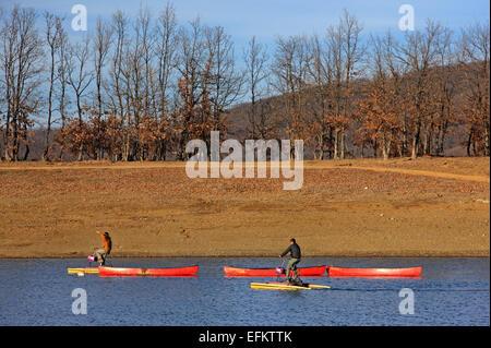 Water sports and activities at Kalyvia Pezoulas, Plastiras lake, Agrafa mountains, Karditsa, Thessaly, Greece. - Stock Photo