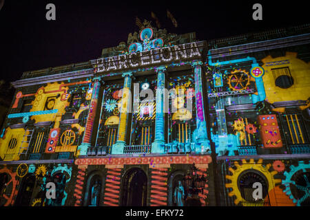Barcelona, Catalonia, Spain. 6th Feb, 2015. Five video mappings by Elisava's art students are projected onto Barcelona's - Stock Photo