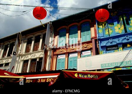 Singapore : 19th century Chinese shop houses and red lanterns on Pagoda Street in Chinatown - Stock Photo