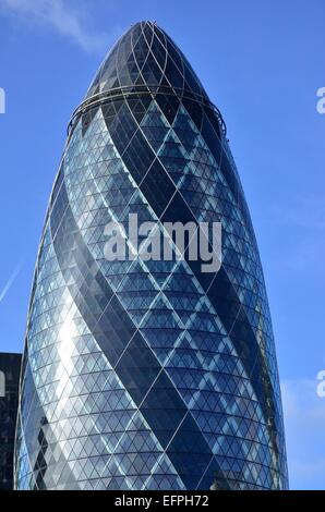 The Swiss Re Building (The Gherkin), designed by Norman Foster, St Mary Axe, City of London, England, UK - Stock Photo