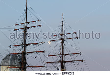 Moon and rigging of RRS Discovery  Discovery Point Dundee Scotland  February 2015 - Stock Photo