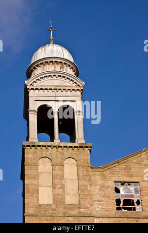 Bell Tower of the 1800`s Jute Mill owned by Baxter Brothers where Mary Slessor worked and is now a Listed Building - Stock Photo