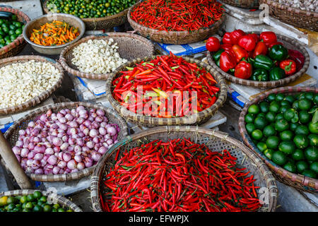 Fruits and vegetables stall at a market in the old quarter, Hanoi, Vietnam. - Stock Photo