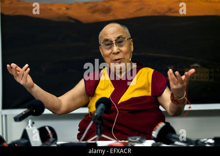 Copenhagen, Denmark. 11th February, 2015. Dalai Lama begins his 2 days visit to Denmark with a press conference. - Stock Photo