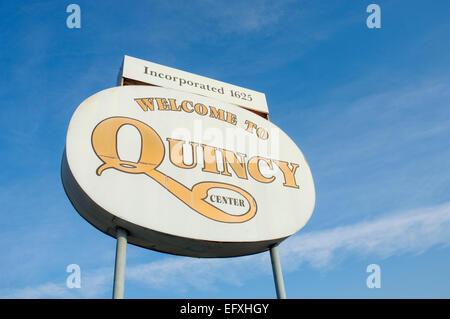 welcome to quincy center sign - Stock Photo