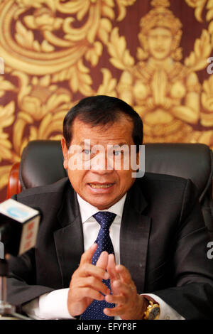 Phnom Penh, Cambodia. 11th Feb, 2015. Cambodian Tourism Minister Thong Khon speaks during an interview in Phnom - Stock Photo