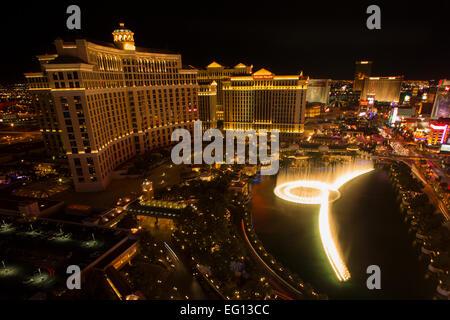 HOTEL CASINOS BELLAGIO FOUNTAINS SOUND LIGHT SHOW THE STRIP LAS VEGAS SKYLINE NEVADA USA - Stock Photo