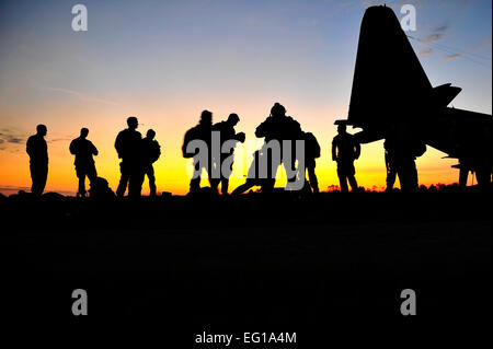 U.S. Army Operational Detachment Alpha Soldiers, also known as 'Green Berets,' from 4th Battalion, 10th Special - Stock Photo