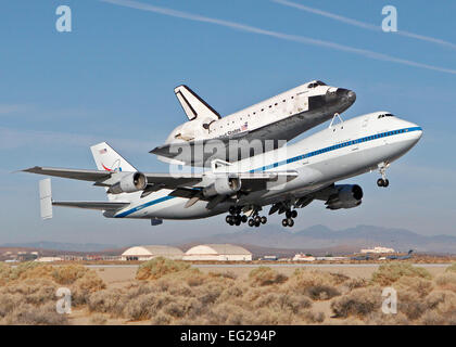 kelly afb space shuttle carrier aircraft - photo #15