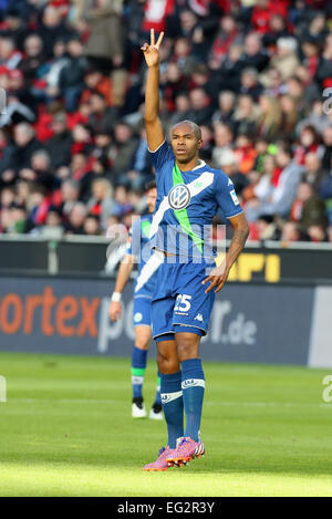 Leverkusen, Germany, soccer, Bundesliga, 14.02.2015, Bayer Leverkusen vs VfL Wolfsburg: Naldo (Wolfsburg) lifts - Stock Photo