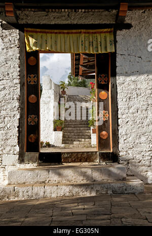 BU00118-00...BHUTAN - Doorway at the Punakha Dzong (government offices and monastery). - Stock Photo