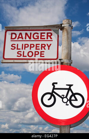 An amusing warning sign on Southsea seafront, Hampshire, England, UK - Stock Photo