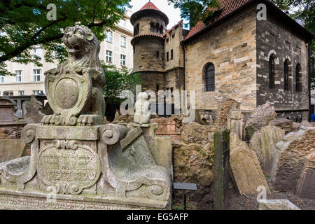 Old Jewish cemetery, Prague - Stock Photo