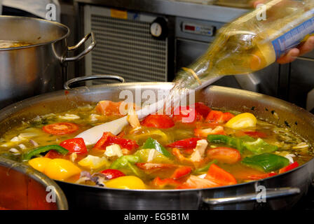Marche , Ascoli Piceno , San Benedetto del Tronto , Fish Soup Sanbenedettese , vinegar added during cooking . - Stock Photo