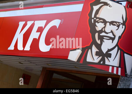 KFC, Kentucky Fried Chicken Restaurant Sign, Oxford, UK. - Stock Photo