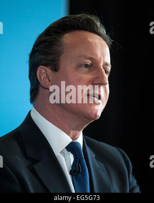 Hove, UK. 17th Feb, 2015. Prime Minister David Cameron makes a speech on 17/02/2015 at Blatchington Mill School, Hove. The PM talked about welfare state and getting people back to work Credit:  Julie Edwards/Alamy Live News