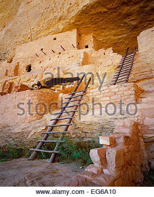 Long House, Anasazi culture cliff dwelling.  [Wetherill Mesa]  [Mesa Verde National Park] Colorado - Stock Photo