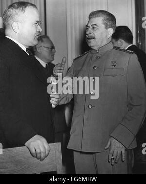 khrushchev and stalin relationship with hitler