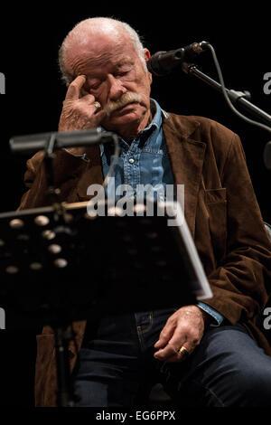 Fontaneto d'Agogna Novara Italy. 17th February 2015. The Italian singer/songwriter GINO PAOLI with pianist DANILO - Stock Photo