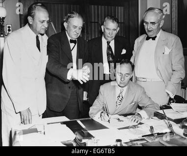 North Atlantic Treaty Organization, NATO, is ratified by U.S. Senate. July 21, 1949. Leslie Biffle, Secretary signs - Stock Photo
