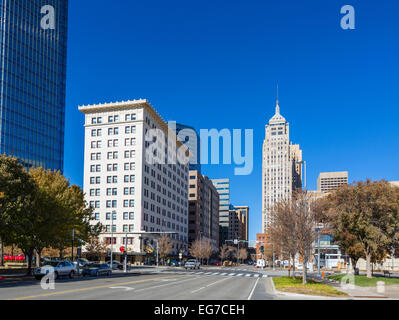 Ron Norick Boulevard (Robinson Avenue) looking towards downtown, Oklahoma City, OK, USA - Stock Photo