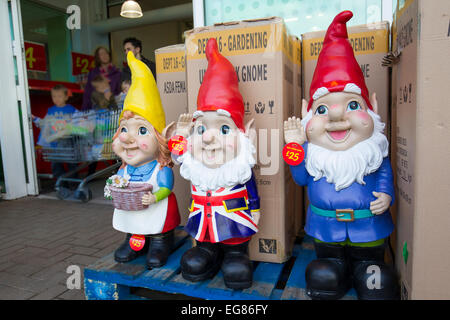 ... Giant Garden Gnomes On Sale At Asada Kendal   Stock Photo
