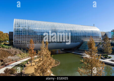 Crystal Bridge at the Myriad Botanical Gardens, Oklahoma City, OK, USA - Stock Photo