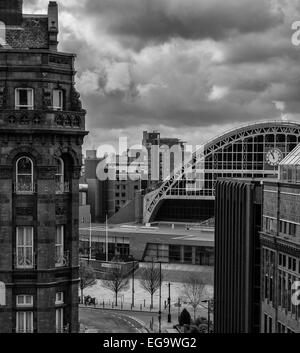High level view looking toward Midland Hotel and Manchester Central - Stock Photo